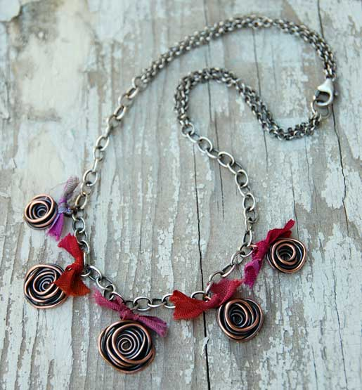 easy-wire-2010_spiral-roses