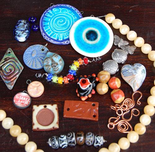 traveling-bead-box_41