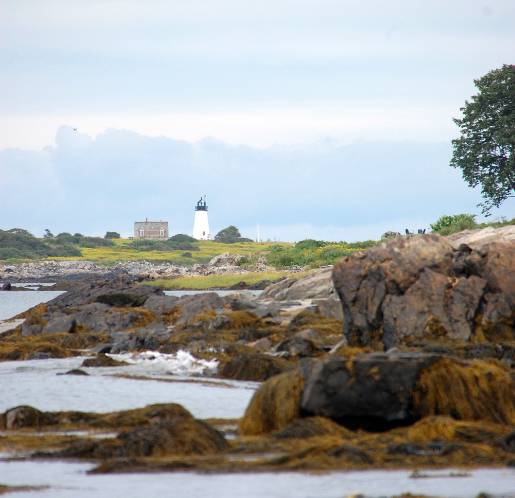 optimized-newengland_lighthouse-view-from-biddeford-pool