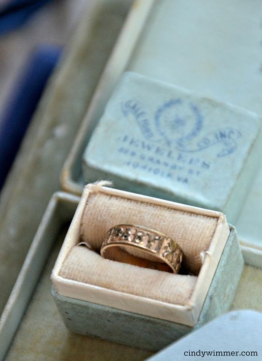 Gale-Ford Co. Inc. antique baby ring