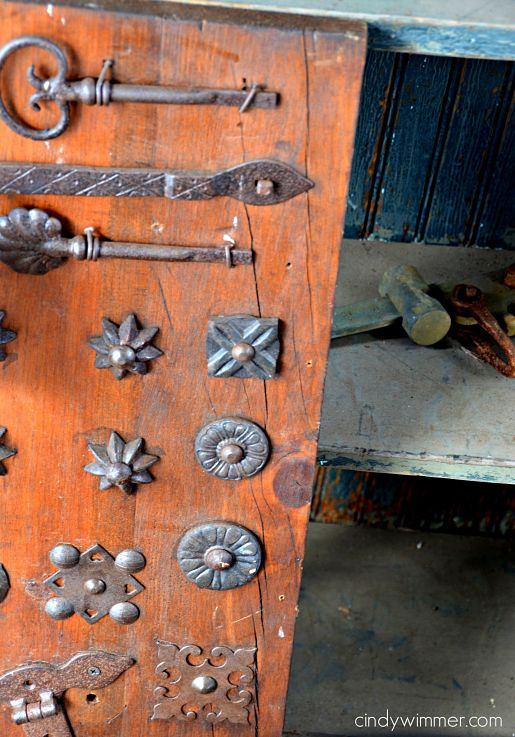 antique hardware and hinges