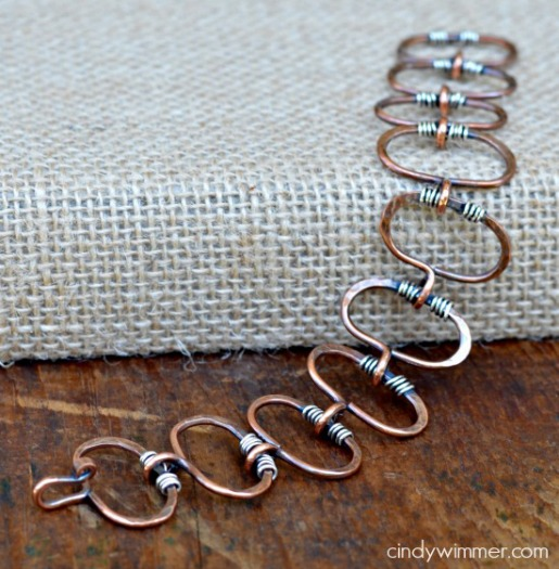Wire chain bracelet by Cindy Wimmer
