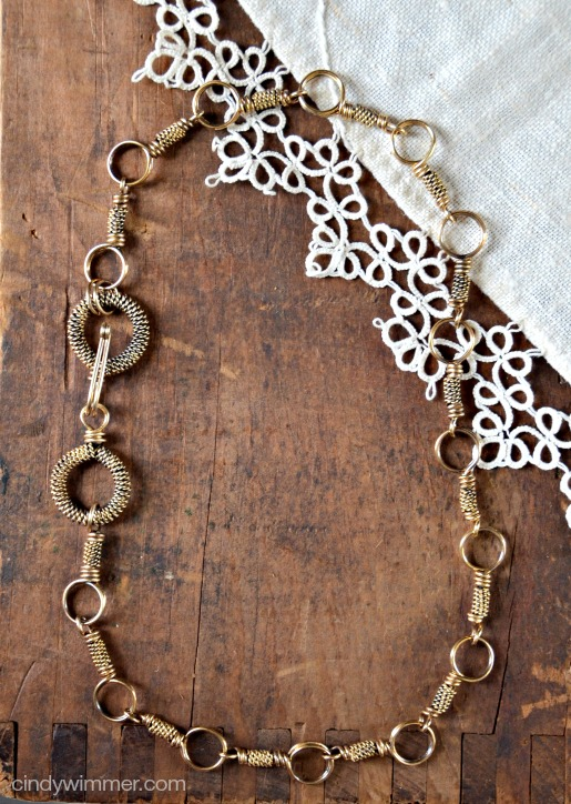Wire Link necklace by Cindy Wimmer